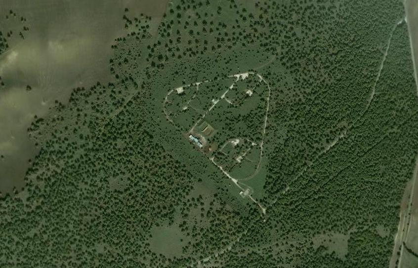 veduta da satellite della base di lancio dei missili IRBM Jupiter vicino a Irsina