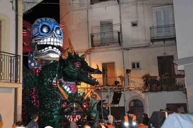 Abracadabra il carro vincitore della 26ª edizione del carnevale stiglianese