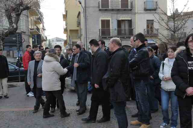 Stigliano piazza Garibaldi, M.C. Allam con i suoi sostenitori