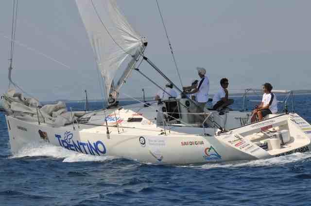 La barca Riva del Garda Trentino, foto di www.stigliano-mt.it