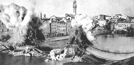Firenze, il ponte di S. Trinità distrutto