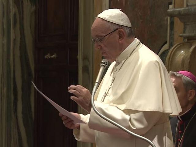 il Papa incontra i giornalisti