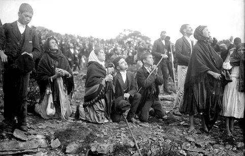 """Fatima, Il """"miracolo del sole"""" del 13 ottobre 1917"""