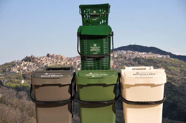 raccolta rifiuti: Nuove modalità di smaltimento per il mese di agosto