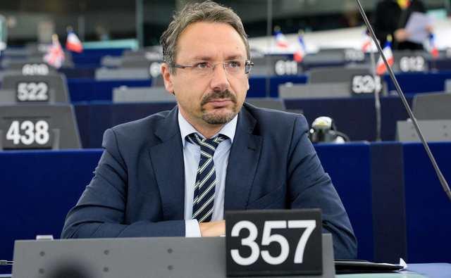 Eurogeputato M5S Piernicola Pedicini