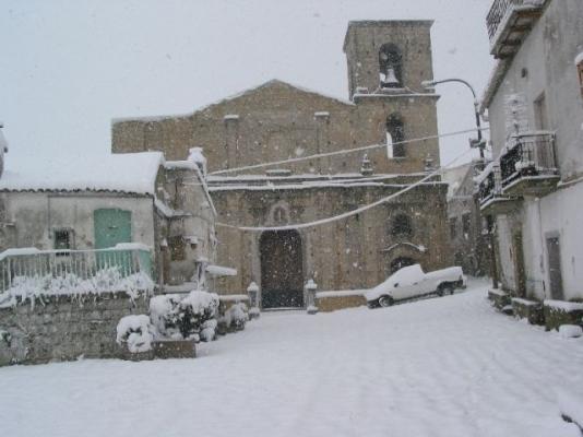 Stigliano (MT), la Chiesa Madre nel rione Chiazza