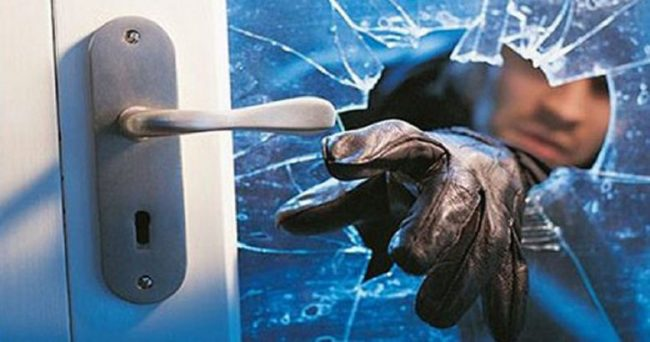 Ladri furti e atti vandalici