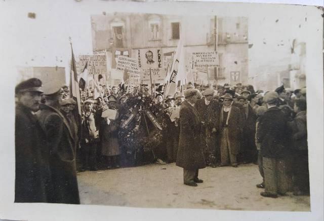 Stigliano, Anni '50, manifestazione politica