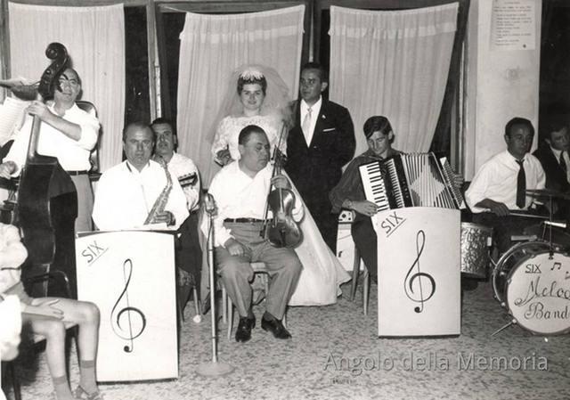 Don Peppe con la Six Band anni 60